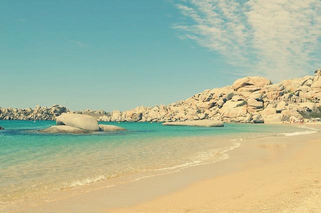 Pourquoi louer un bungalow en Corse pour vos vacances ?