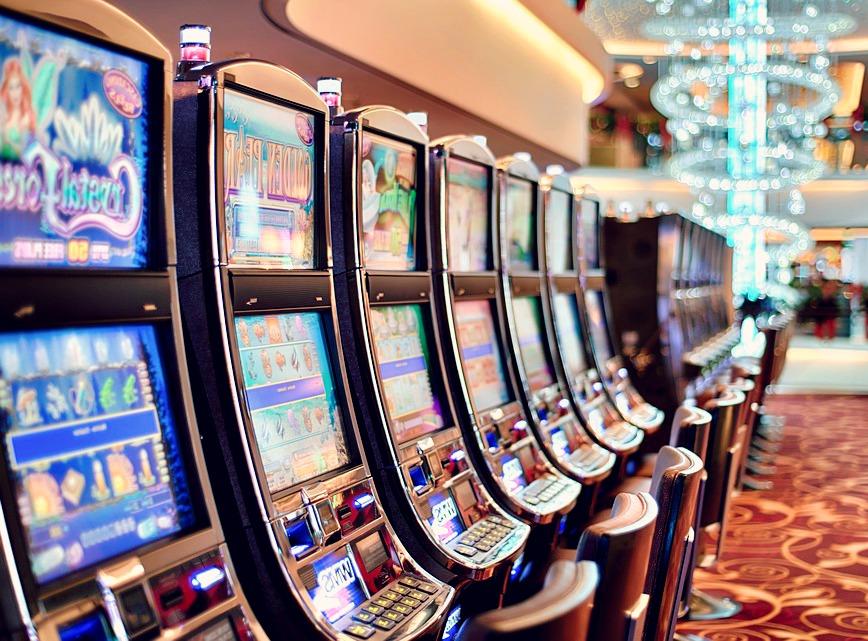 Fini les machines à sous traditionnelles, place aux jeux de casino en ligne !